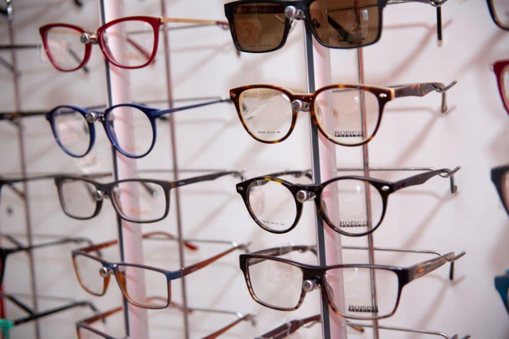 купить очки в жлобине