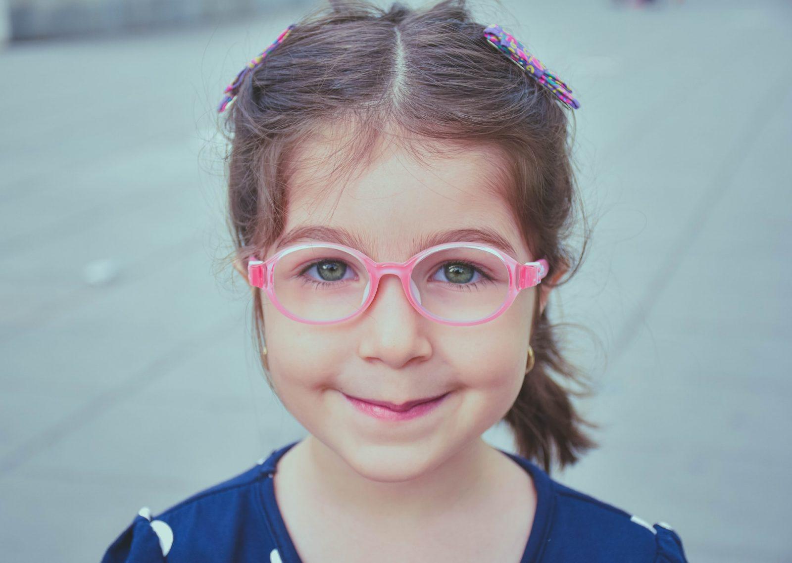 Read more about the article Как сохранить хорошее зрение ребенка