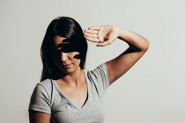 Read more about the article Светобоязнь глаз: симптомы, причины, лечение